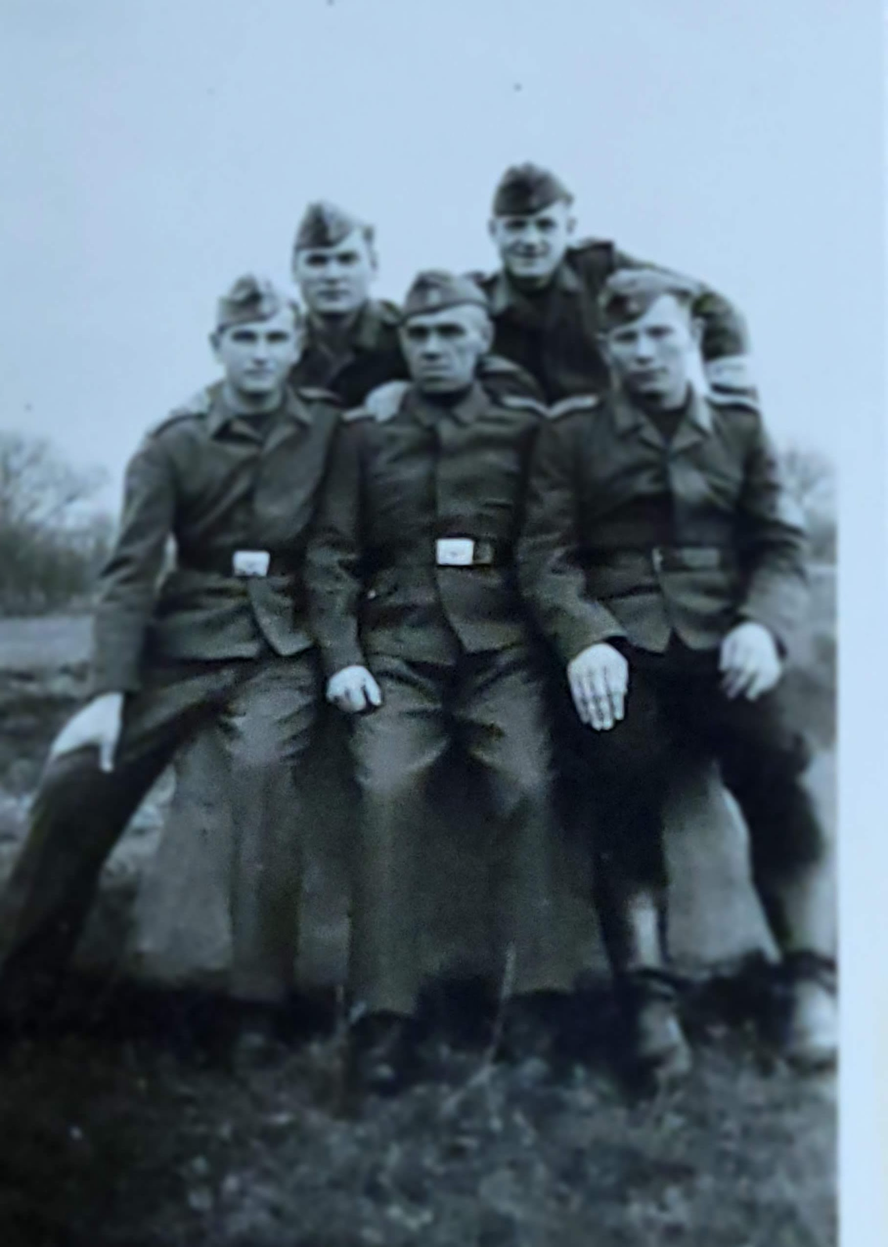 1944, friends in the partisan army